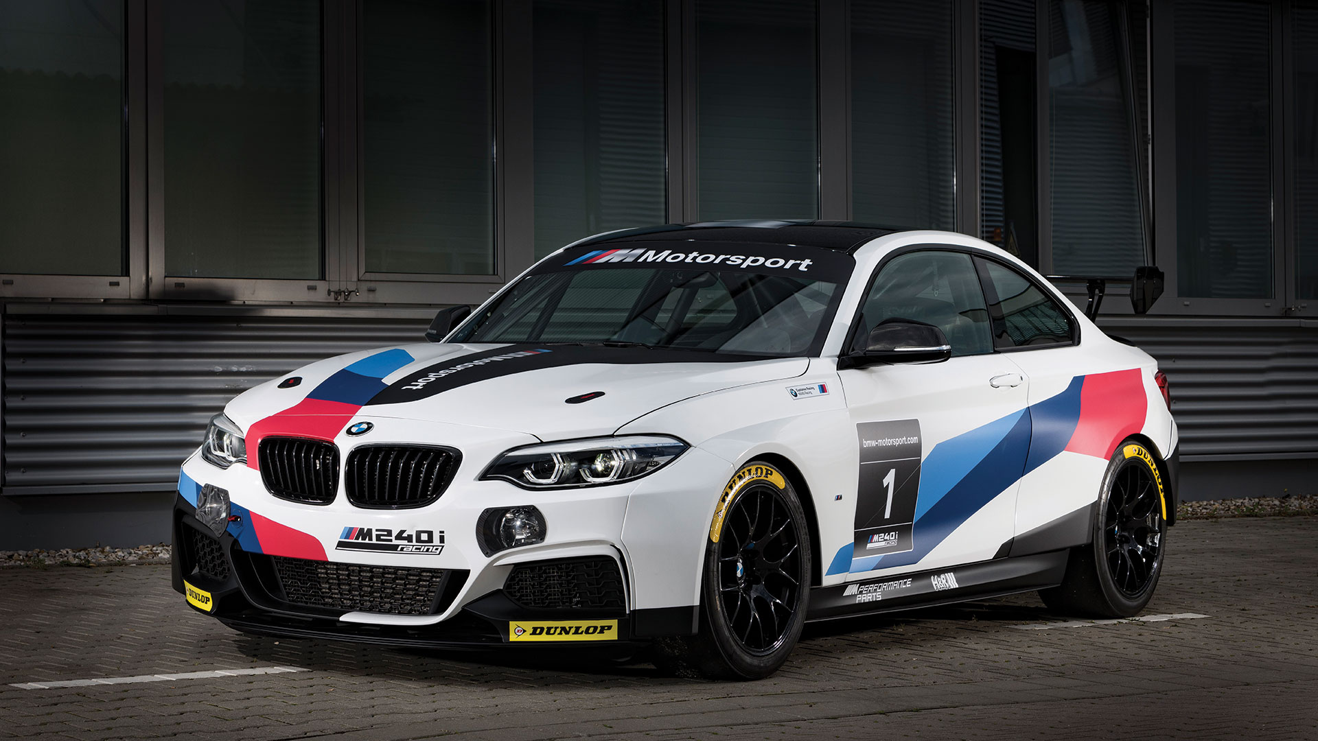 The BMW M235i Racing Cup becomes the BMW M240i Racing Cup ...